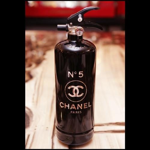 Table rectangulaire avec structure en bronze massif et plateau en verre 150-Torsade