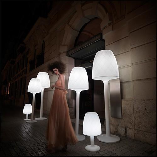 Cheval Cabré en bois sculpté peint 01-313-A. POEPPIG bois sculpté