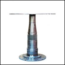 Side table made with a Boeing 737 gearing engine in titanium PC-Boeing 737 gearing