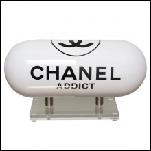 Sculpture in resin with one side in glossy white finish and one side in matte white finish PC-Pils Chanel White