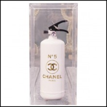 Extincteur Chanel N°5 blanc et Gold PC-Chanel N°5 Gold.