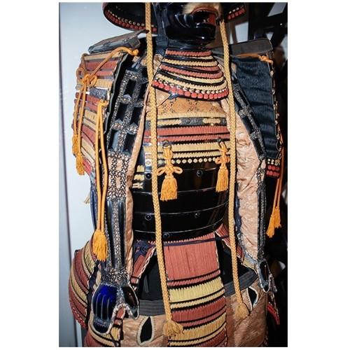 Miroir avec cadre en bois massif sculpté finition satin noir 119-Black Roman