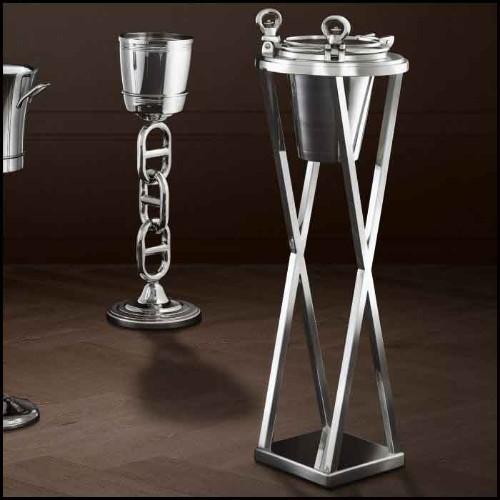 Cabinet pour bouteilles de vin avec bordure en cuir noir finitions et détails en laiton 24-Martini Bianco