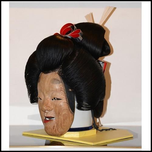 Fauteuil en acier inoxydable massif poli et siège en cuir PC-Racing Pilot