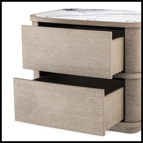 Commode avec structure en bois avec placage en noyer et détails en laiton poli et base en laiton brossé 155-Tarius
