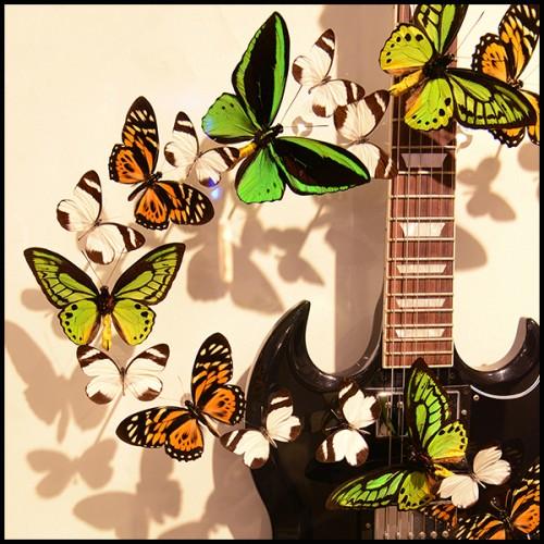 Set de 2 Objet de décoration en laiton finition vintage avec base en granite noir 24-Artistic Object.