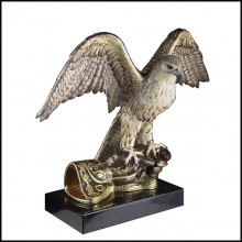Sculpture Faucon en porcelaine et finition or 24k 196-Falcon Flying