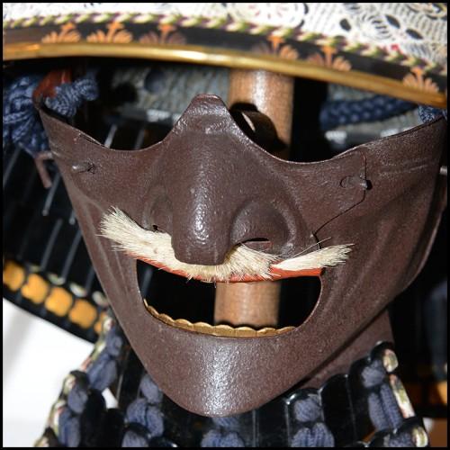 Tables d'appoint sur pieds courbé avec sphère centrale 119-Jules