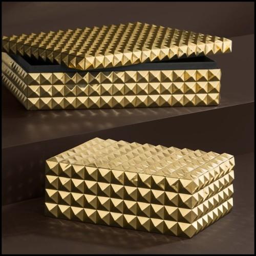 Coussin en tissu blanc cassé avec motif orange et rouge brodé à la main 24-BRADBURY ORANGE