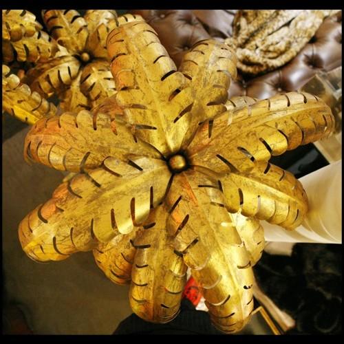 Table basse avec structure finition Gold et plateaux en verre fumé 24-Four Pieces