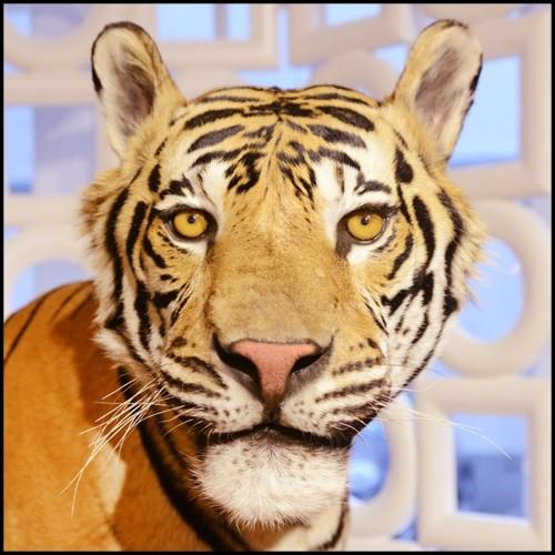 Table basse avec base en fibre de verre et laqué en bronze 114-CESAR