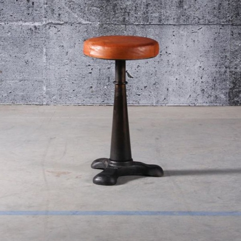 Stool In Black Cast Iron And Vintage Brown Leather Seat 09